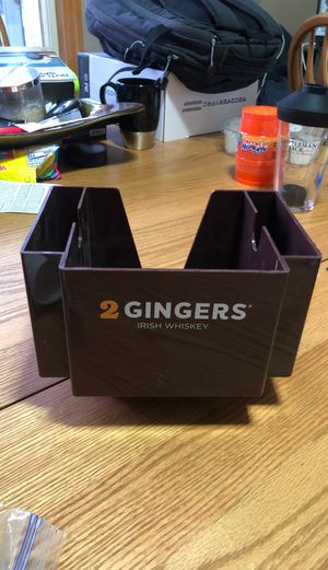 2 Gingers napkin holder for Sale in Ramsey, MN