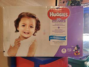 Huggies little movers size 4 has 112 diapers $33 o cambio por 3 latas de enfamil amarillas o moradas gracias no menos sorry for Sale in Perris, CA