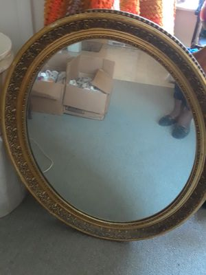 Round Wall Mirror for Sale in St. Louis, MO