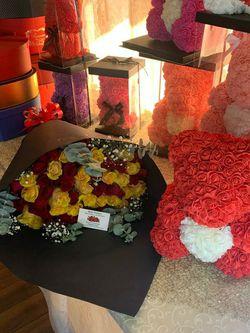 Los Más Bellos Osos De Rosas ♥️♥️⭐❣️🌹🌹 Dos Tamaños. A Elegir ❣️🌹♥️🌟⭐Desde $40 for Sale in Houston,  TX
