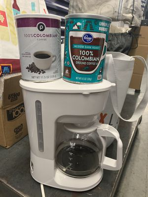Barely used white coffee maker w/ coffee! for Sale in Atlanta, GA