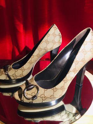 Authentic Gucci pumps size 39 for Sale in Atlanta, GA