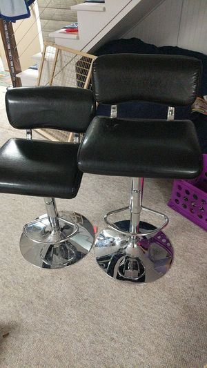 2x Adjustable Stools for Sale in Ambridge, PA