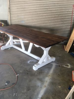 Reclaimed wood farmhouse table for Sale in Corpus Christi, TX
