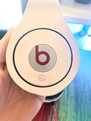Beats by Dr. Dre - Studio Wired Headband Headphones - White for Sale in Palm Shores, FL