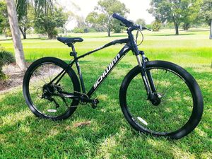 "BRAND NEW!!!29"" PROFESSIONAL MOUNTAIN BIKE for Sale in Hollywood, FL"