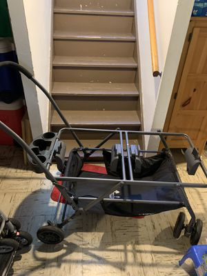 Joovy Twinroo Double Car Seat Frame Stroller for Sale in Parma, OH