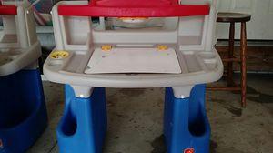 Step 2 kids desk for Sale in Avon, OH