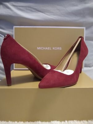 NEW! Michael Kors Dorothy Flex Pump Suede Berry for Sale in Queens, NY