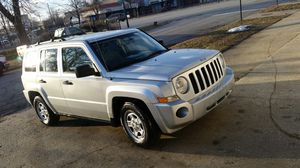 Jeep Patriot yr 2008! 120k original miles Carfax! 4X4, Like New! Gas Saver 4 Cyl ! for Sale in Chicago, IL