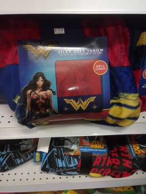New wonder woman throw blanket for Sale in Martinsburg, WV