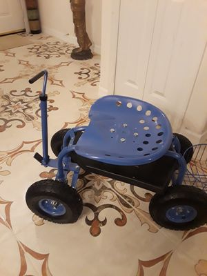 Tractor Scoot cart (for your gardening work) for Sale in Deltona, FL