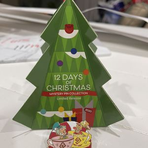 2020 Disney Parks 12 Days of Christmas Mystery Pin Mad Tea Party Magic Kingdom for Sale in Kissimmee, FL