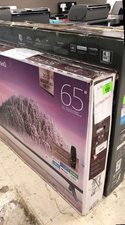 Samsung tv 65 YHG for Sale in Colton,  CA