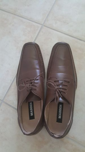 Steve Madden men shoes in us size 9.5 like new barely used for Sale in Lehigh Acres, FL