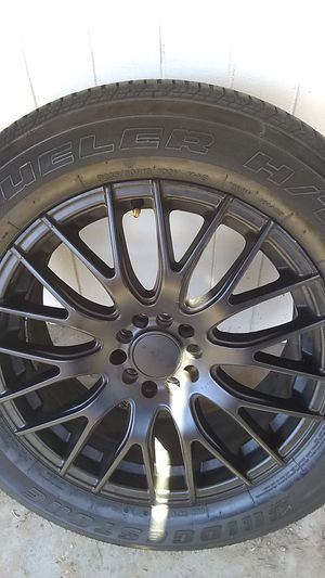 DUELER H/T TIRE ONLY ONE for Sale in Las Vegas, NV