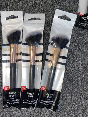 Makeup brushes for Sale in Addison, IL