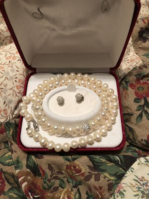Mother of pearl set with diamonds for Sale in Wichita, KS