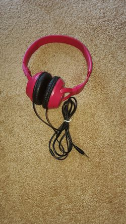 Pink Headphone for Sale in Forest Heights,  MD