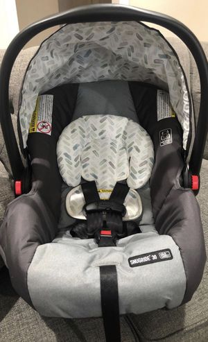 Graco car seat for Sale in East Los Angeles, CA