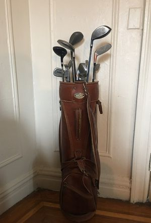 Vintage Voit golf bag with 13 golf clubs for Sale in Bronx, NY