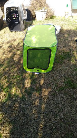 Little dog playhouse roadside in the summer for Sale in Fresno, CA