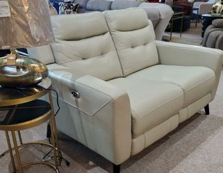 Top Grain Light Gray Loveseat Power Reclining for Sale in Portland,  OR