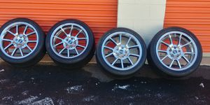 American Muscle FR500 18'' chrome rims and tires for Sale in Rockville, MD