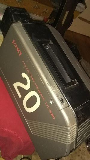 Eiki lc color vider projector lc330 for Sale in Bremerton, WA