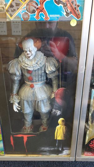 18 inch neca pennywise for Sale in Fresno, CA