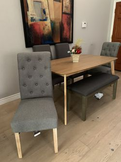 Gorgeous Formal Kitchen Dining Table With Tufted Nailed Bench And 4 Gray Tufted Chairs Seats 5 6 7 Like New Staging Furniture for Sale in Peoria,  AZ