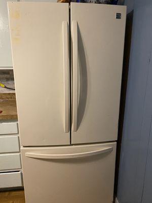 Kenmore 23.9 cu. ft. French Door Bottom Freezer Refrigerator (MUST P/U) for Sale in Toledo, OH