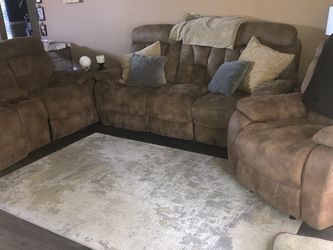 Couch Set ( 5 Pieces ) for Sale in Brandon,  FL