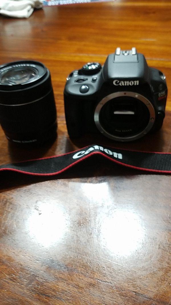 Canon EOS Rebel SL1 w/ EFS18-55MM lense