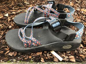 Chaco Z/1 Women's Blue Red Athletic River Water Sport Sandals Size 8 for Sale in Kent, WA