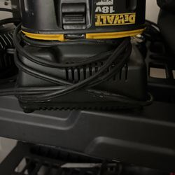 Dewalt 18v Charger and Battery for Sale in La Vergne,  TN