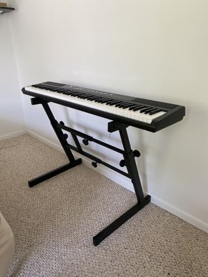 Yamaha Z-Style Keyboard Stand for Sale in Beltsville, MD