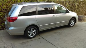 2004 Toyota Sienna LE for Sale in Inglewood, CA