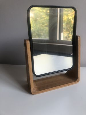 Mini table mirror for Sale in Brooklyn, NY