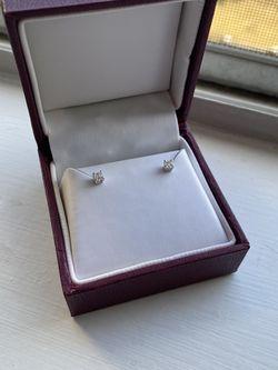Diamon Stud Earrings (Never Worn) for Sale in Centreville,  VA