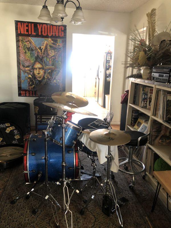 Full Drum kit and cases