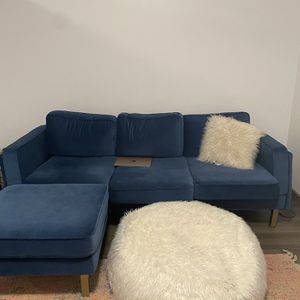 Brand New Blue Velvet Couch for Sale in Seattle, WA
