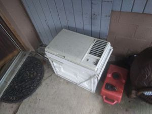 10000 btu ac unit for Sale in Wilmerding, PA