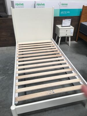 Twin bed/ cama/ kids bed for Sale in Perris, CA