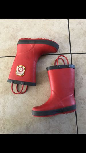 Kids rain boots size 10 for Sale in Oakland, CA