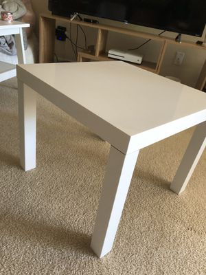 Simple White IKEA Side Table* for Sale in San Diego, CA