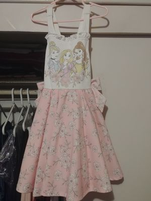 Macys princess dress for Sale in Los Angeles, CA