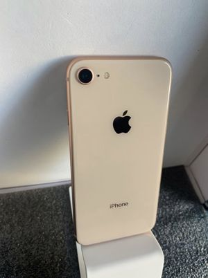 iPhone 8 Gold (64GB) Unlocked, Liberado for Sale in Newhall, CA
