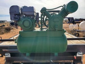 Truck mount air compressor for Sale in Andrews, TX
