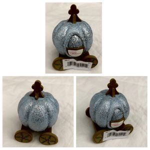 disney CINDERELLA COACH disneyland exclusive antenna topper for Sale in Santa Ana, CA